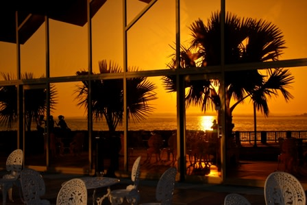 Van wezel sunset gghvee