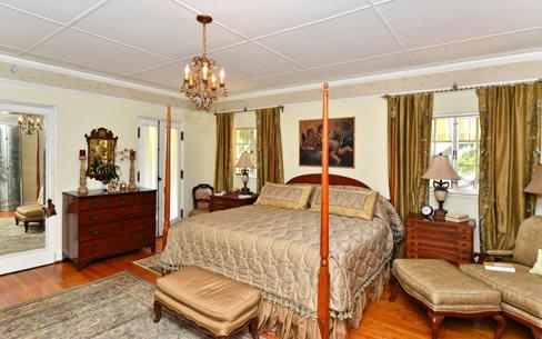 Bedroom jrrh8e