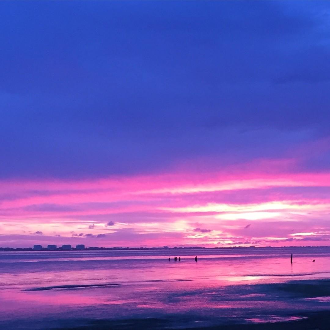 Sunset oksaqo