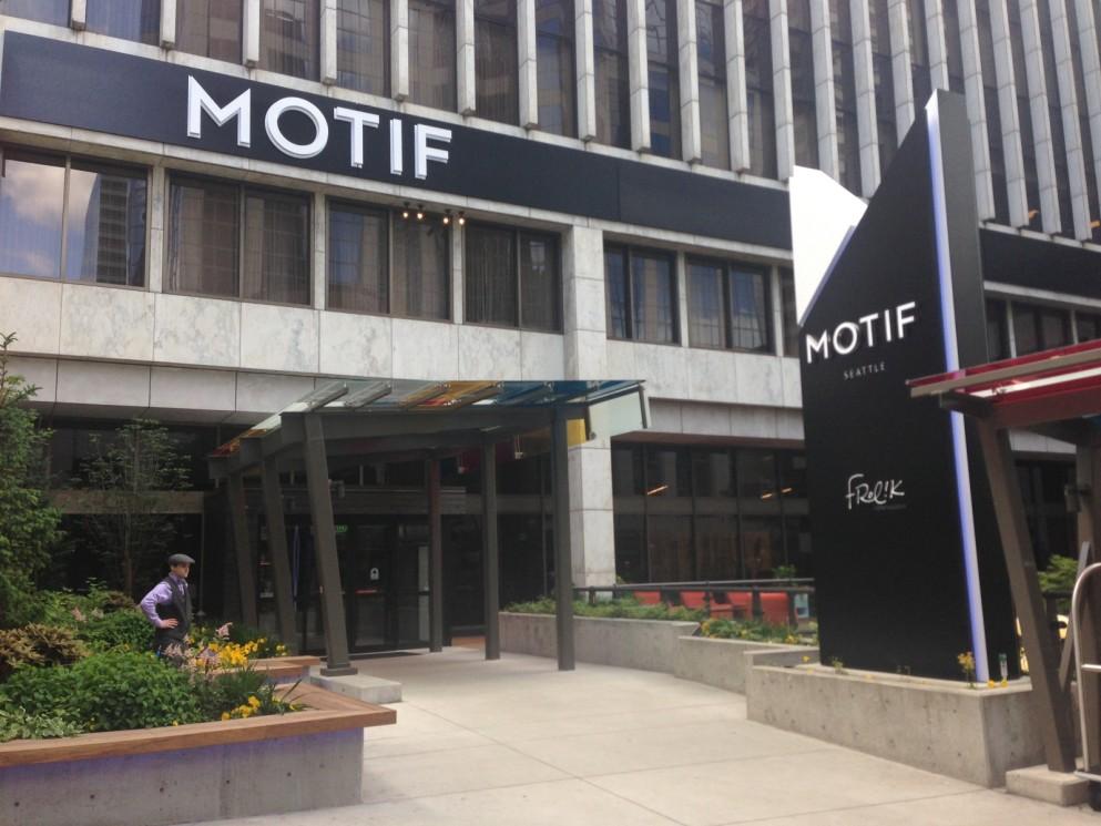 Local Rooms Hotel Motif Seattle Met