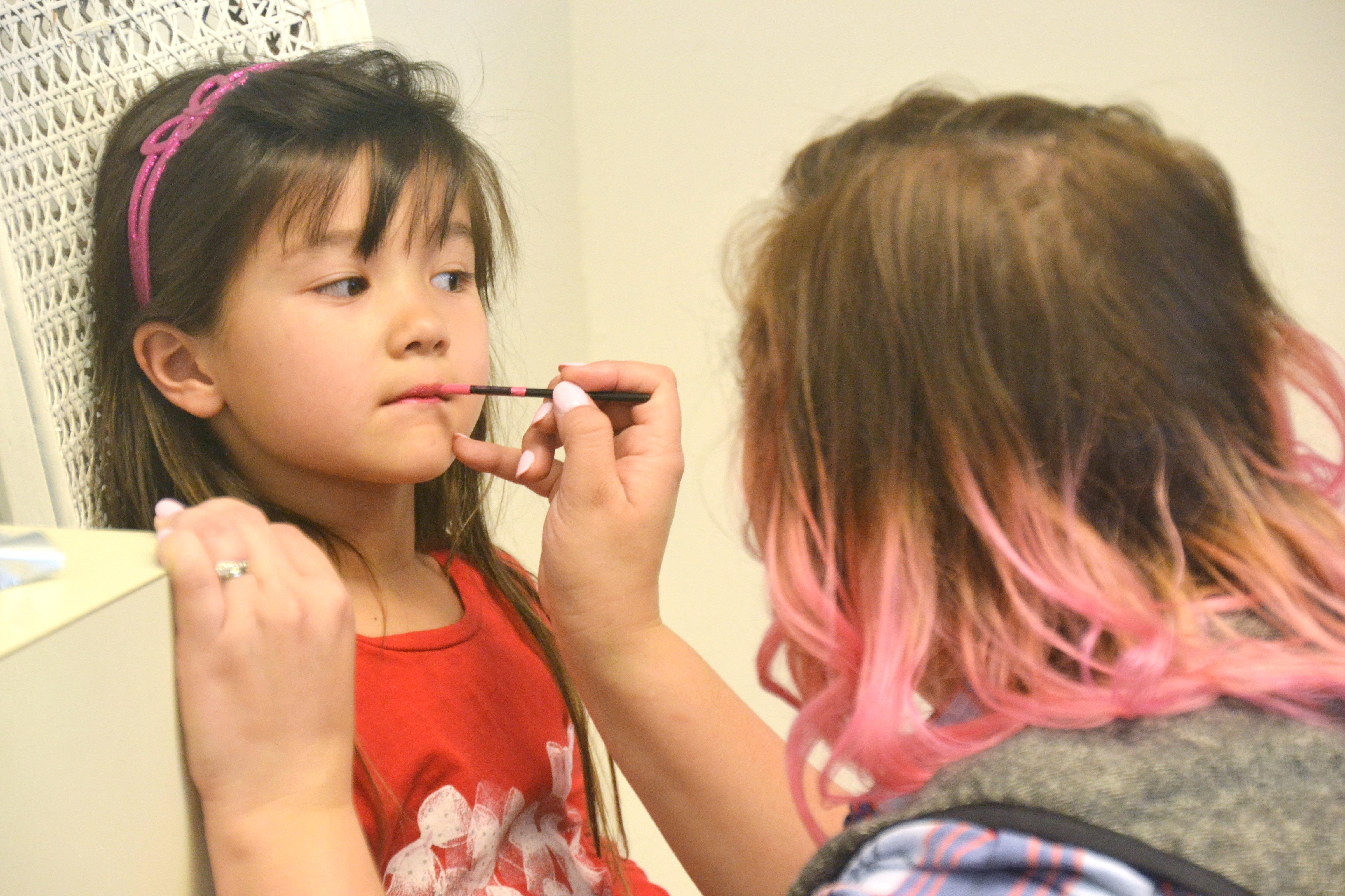 Becky Hollands Reviews Nicole Kestenbaum Of Lipstick And Brunch Dolls Up