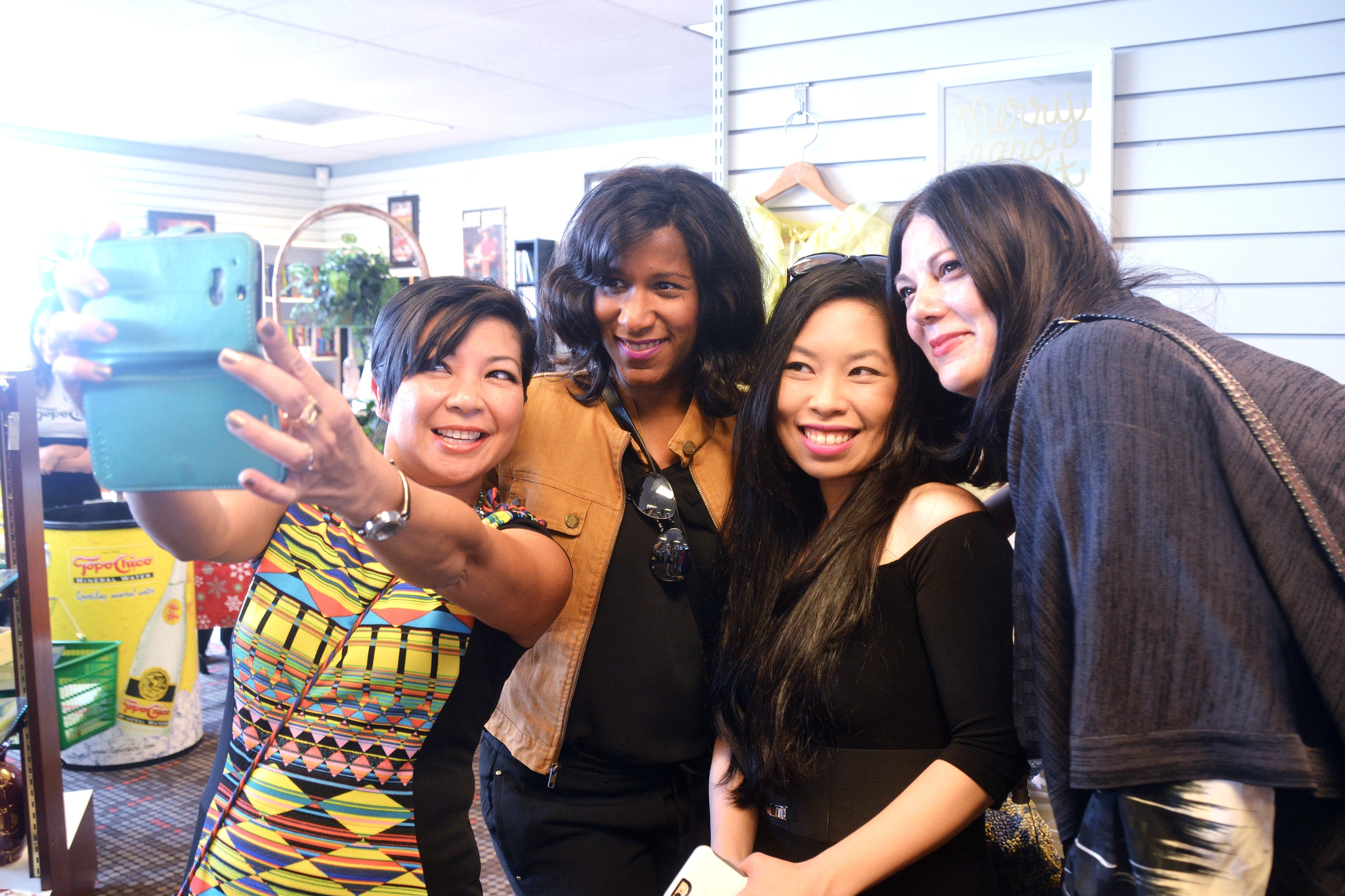 Becky Hollands Reviews Tina Zulu Joysewing Becky P Hollands Dawn Bell