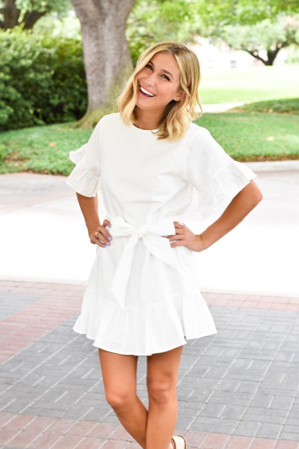 bc8a806e266 17 White Linen Dresses to Flounce Around In This Summer