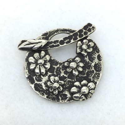 White Bronze Flower Toggle Pendant