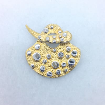 ST124 gold/rhodium plated toggle