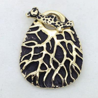 STB143 coral toggle pendant