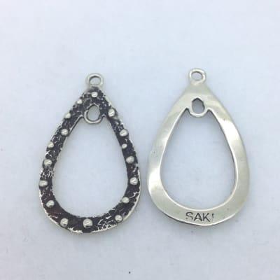 EFW2 white bronze teardrop earring finding