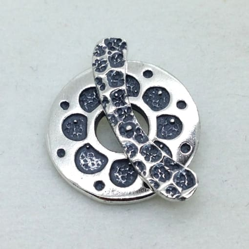 ST111 sterling silver toggle