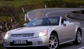 Фото Cadillac XLR 4.6 i V8 32V