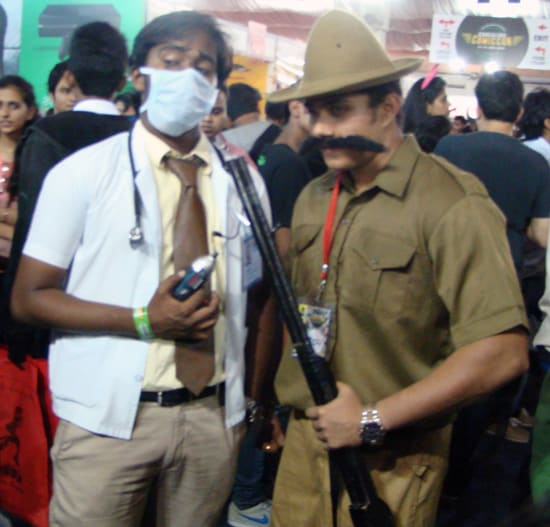 Comic-Con_Bangalore_2014_Dentist_Shikari_Shambu