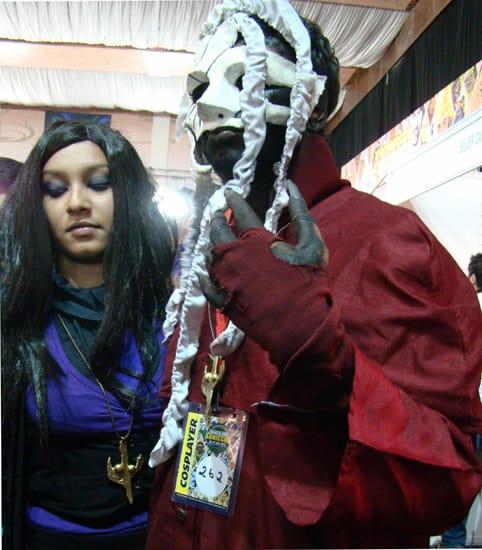 Comic-Con_Bangalore_2014_Cosplayer_262