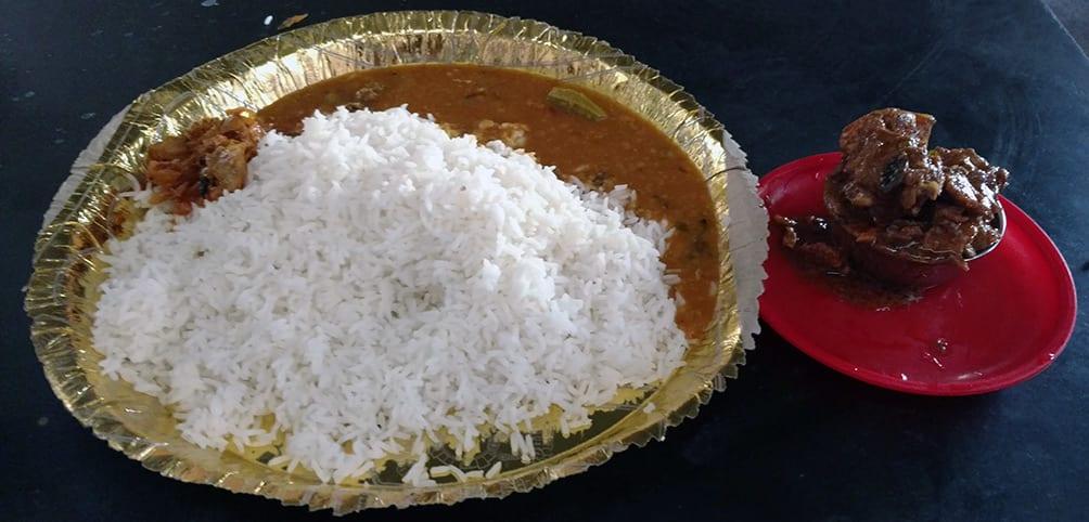 Rice_Sambar_Chicken_Curry_Lunch