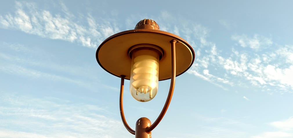Lamp_post_at_Andhra_Tourism