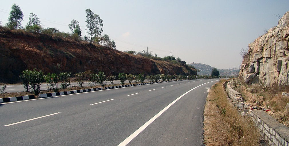 Awesome_Road_Bangalore_Hyderabad_Highway