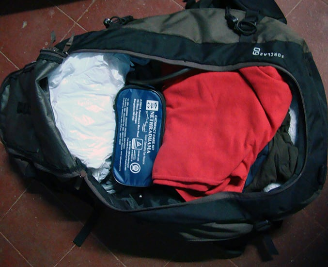 Rear_Luggage_Packed_Bag