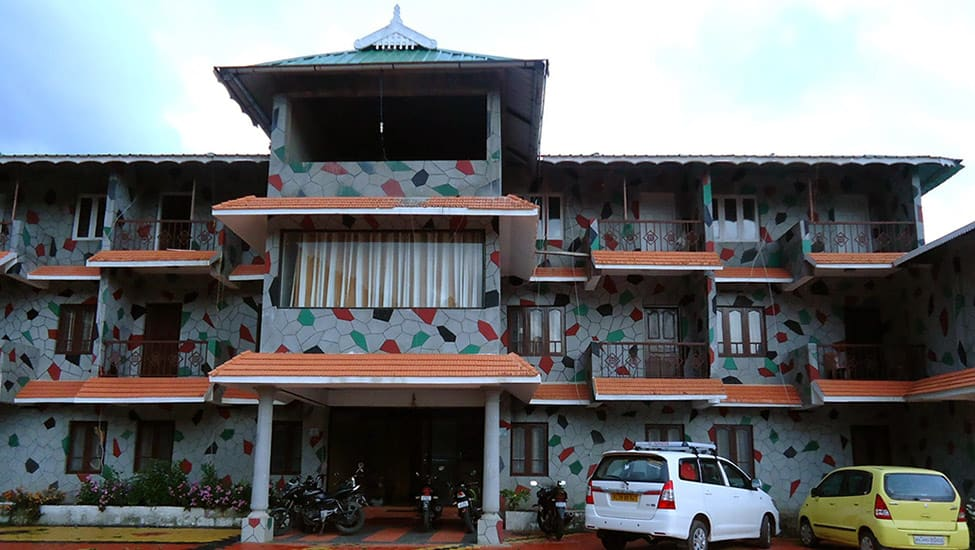 Anand_Resorts_Parking_Area