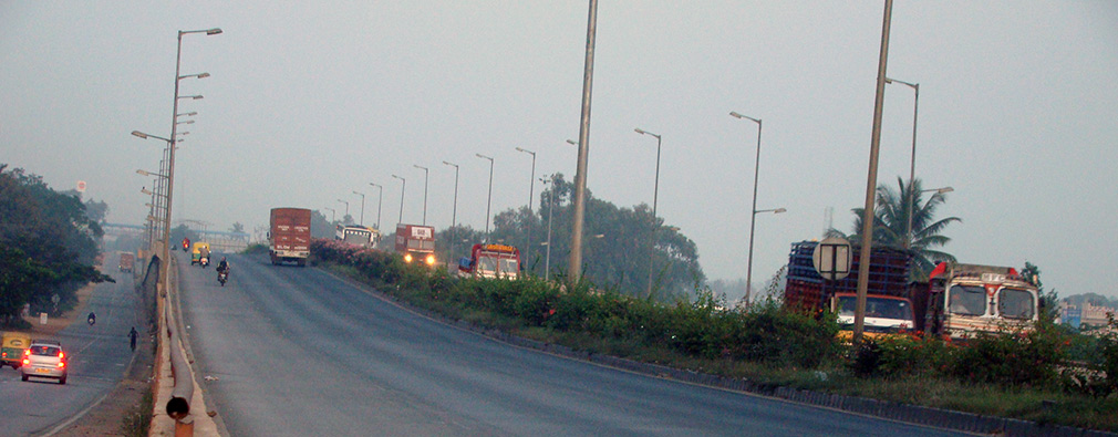 First_Stop_NH4_Tumakaru_Highway_Morning