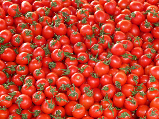 Juicy red tomatoes in a shopping centre