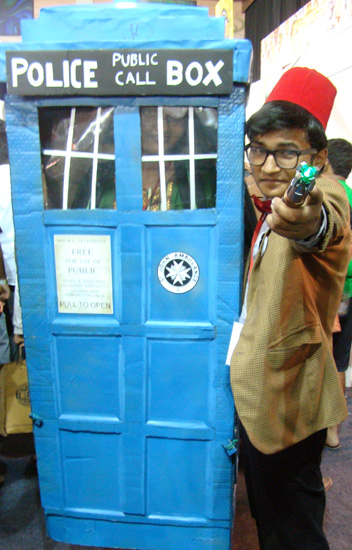 Comic-Con_Bangalore_2014_Dr_Who_Public_Call_Box