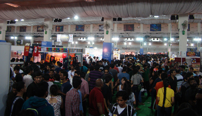 Comic-Con_Bangalore_2014_Crowd_Ground