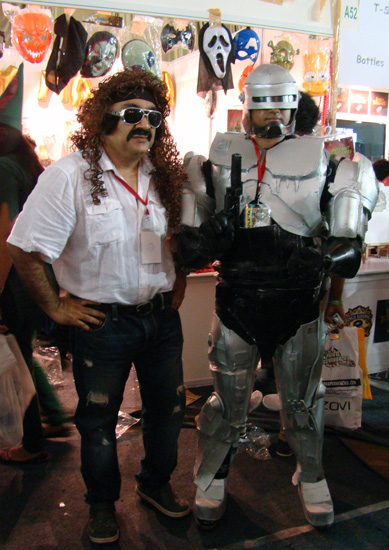 Comic-Con_Bangalore_2014_Protect_and_Serve_Robocop