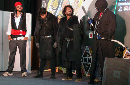 Comic-Con_Bangalore_2014_Pirates_Jon_Snow_Death