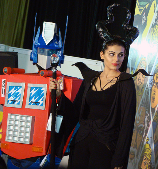 Comic-Con_Bangalore_2014_Optimus_Maleficent