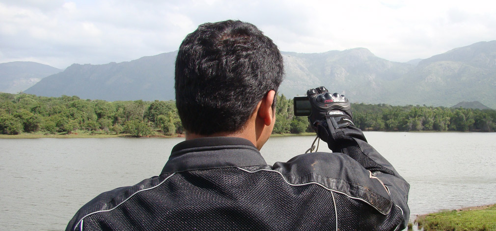 Arun_Photographing_Everything