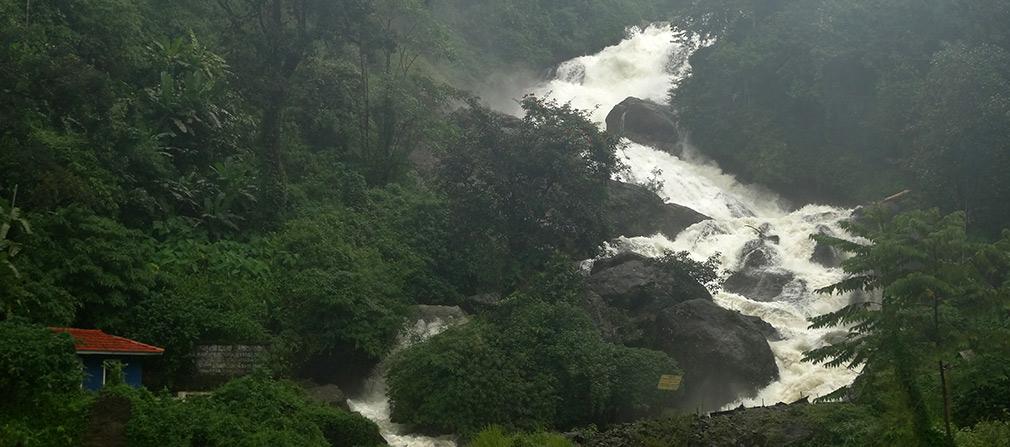 Adimali_Kothamangalam_Waterfalls
