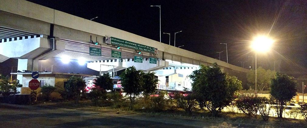 Waiting_at_Navayuga_Devanahalli_Toll_Gate