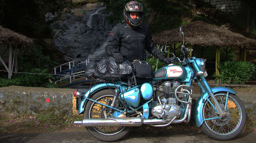 Salmaniac_Classic_500_Royal_Enfield_Pose_Valparai_Waterfalls_Estate