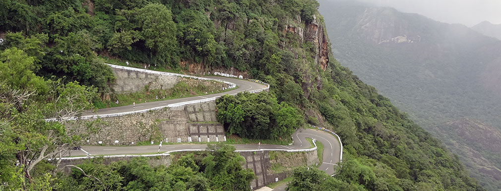 Valparai_Pollachi_Hairpin_Bends