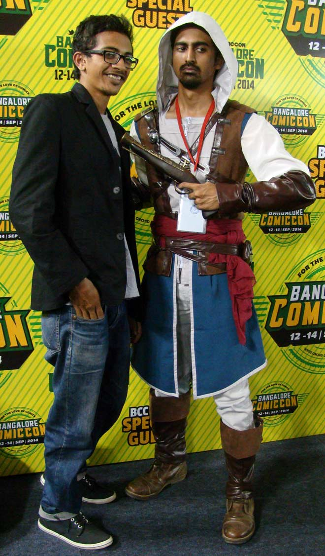 Bangalore_Comic-Con_2014_Assassin's_Creed_Cosplayer