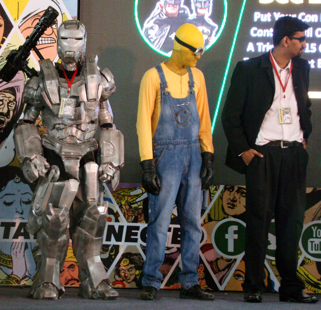 Bangalore_Comic-Con_2014_War_Machine_Minion