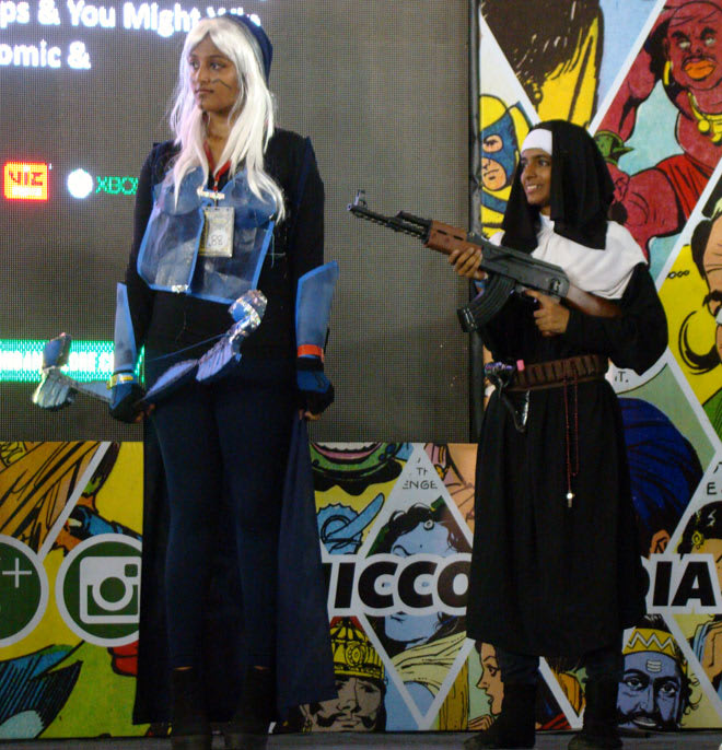 Bangalore_Comic-Con_2014_Nuns_Big_Guns