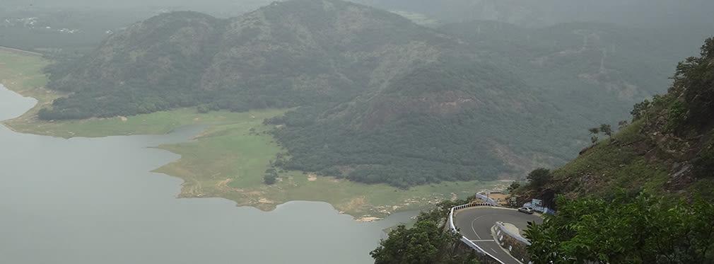 Aliyar_Reservoir_Loam's_Point