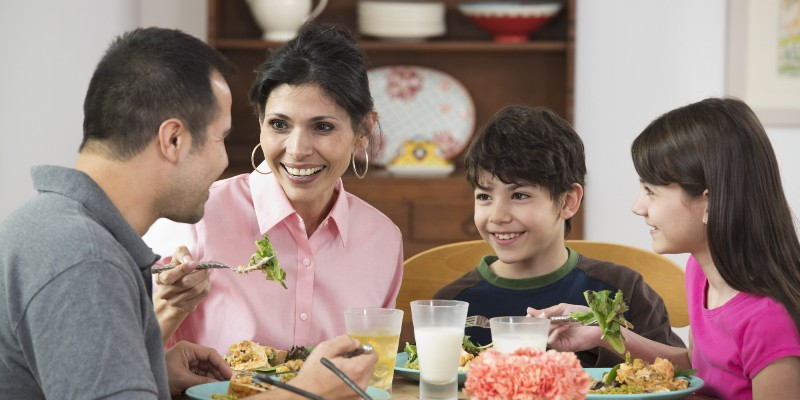 Just one-third parents confident of feeding kids healthy food