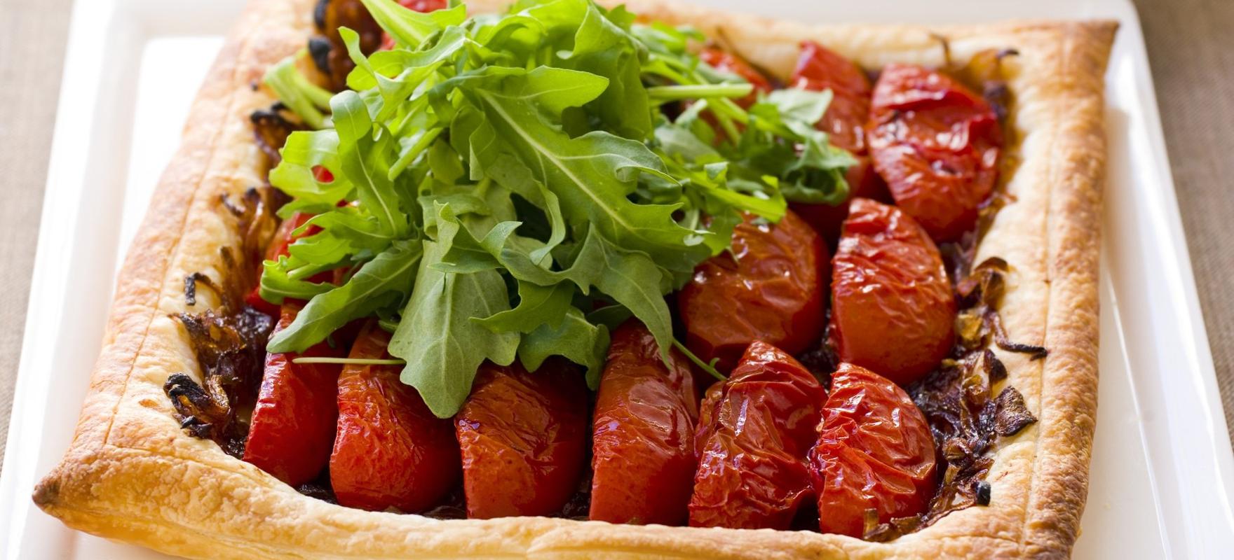 Caramelised onion and tomato tarts image 1