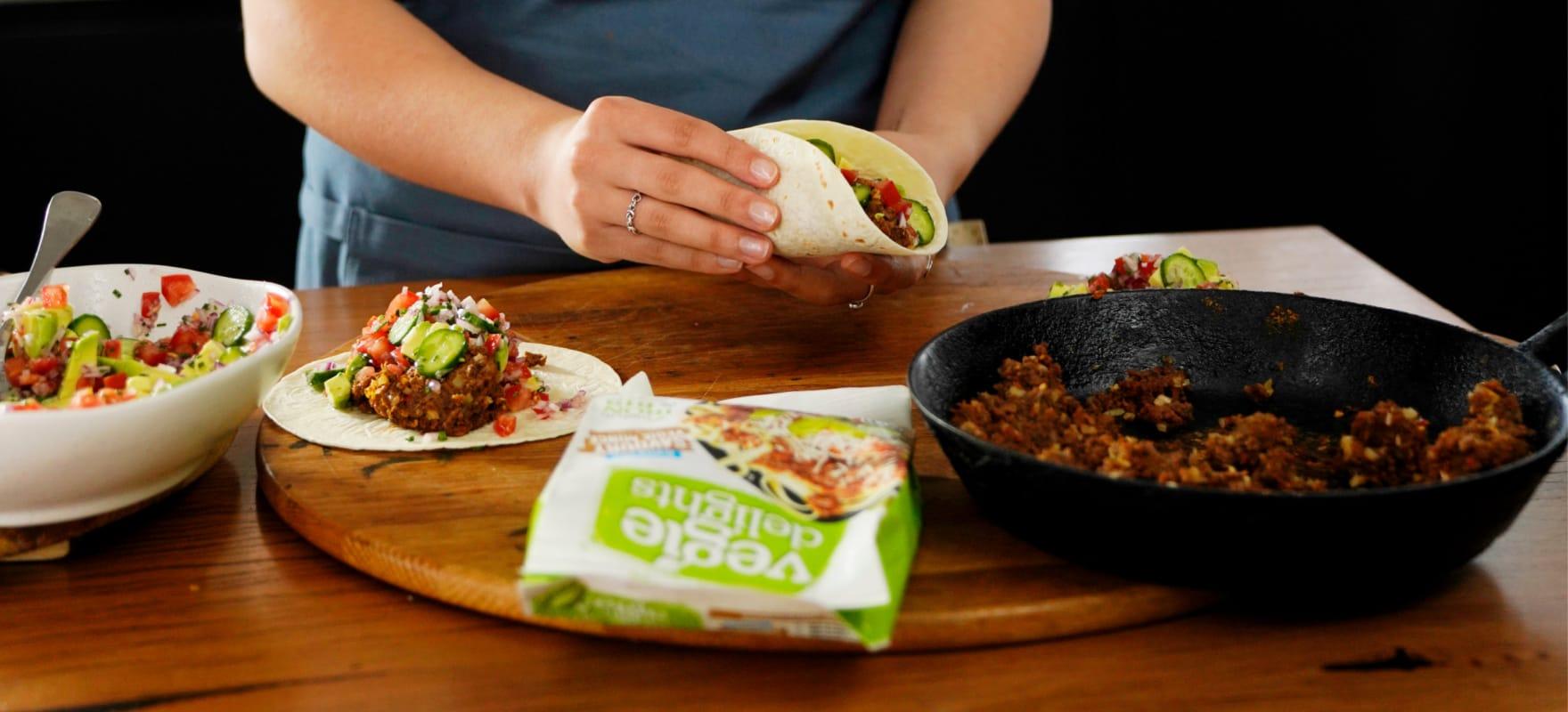 Savory mince tacos with salsa image 1