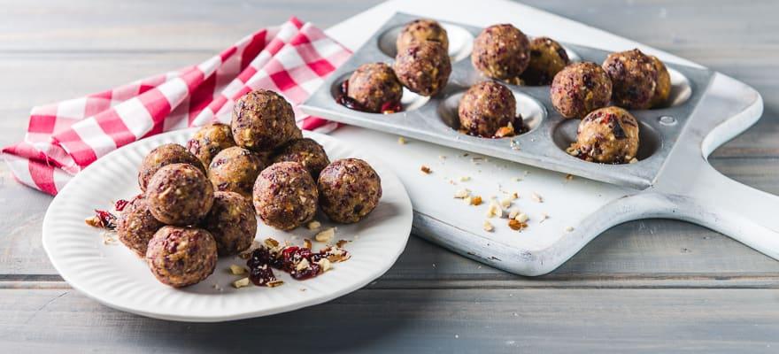 Almond & cranberry balls image 1