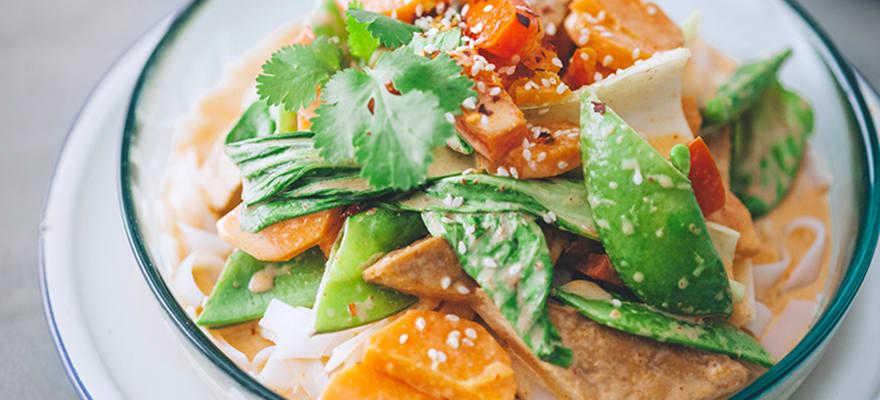 Penang vegetable noodle bowl image 2