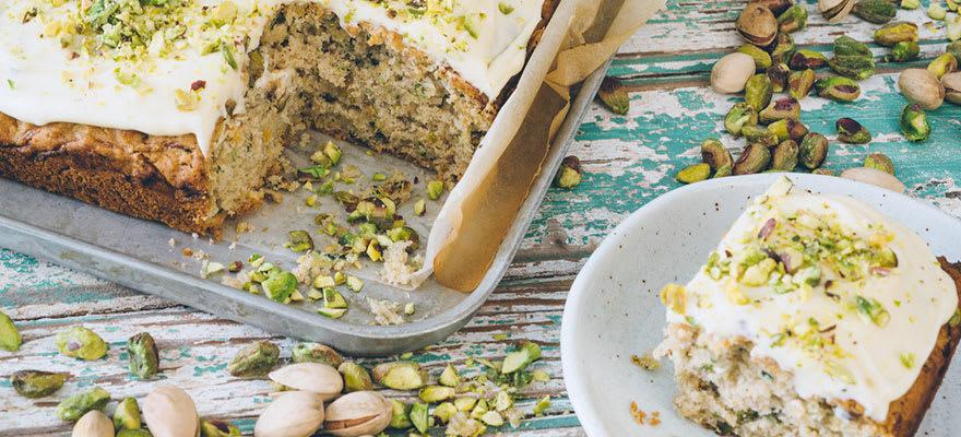 Zucchini and pistachio cake image 1