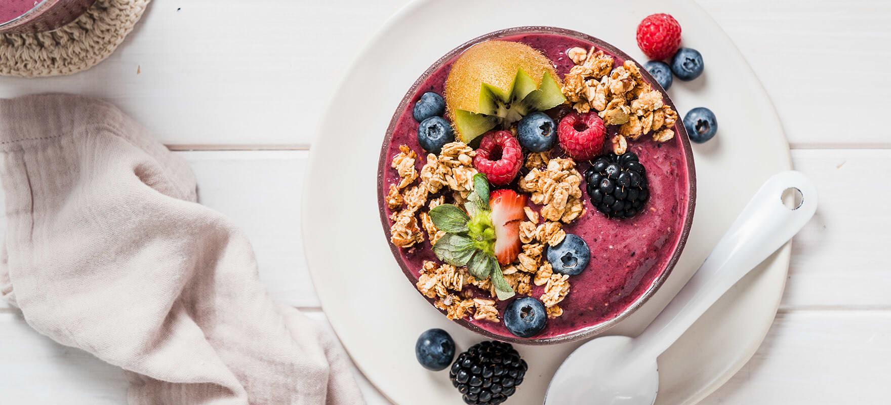 Mixed berry acai smoothie bowl image 2