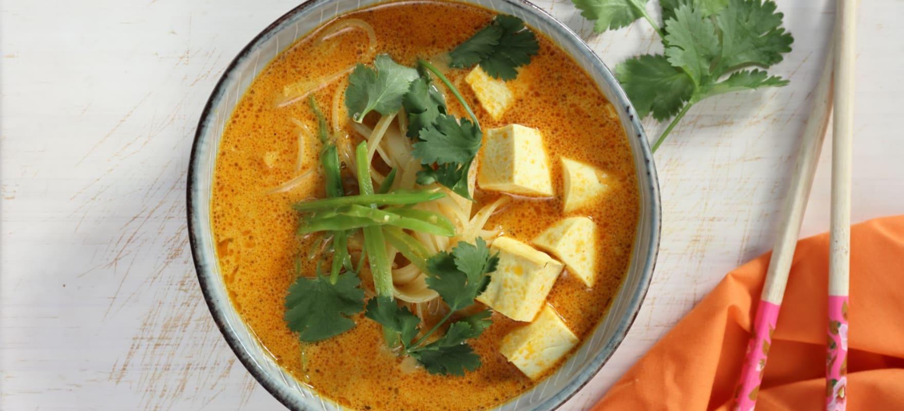 Vegetarian laksa with tofu image 1