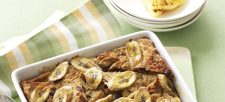 Caramelised banana and date pudding image 1