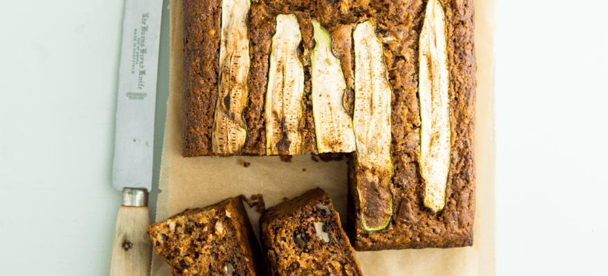 Zucchini, nutmeg and honey cake image 1