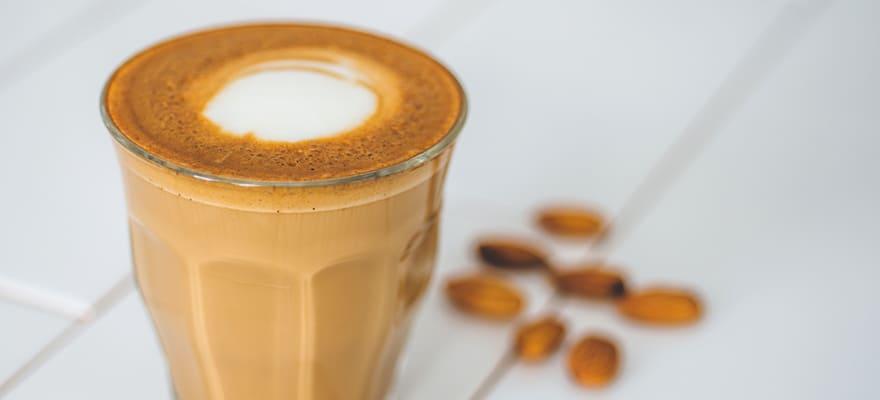 Vanilla almond milk latte image 1