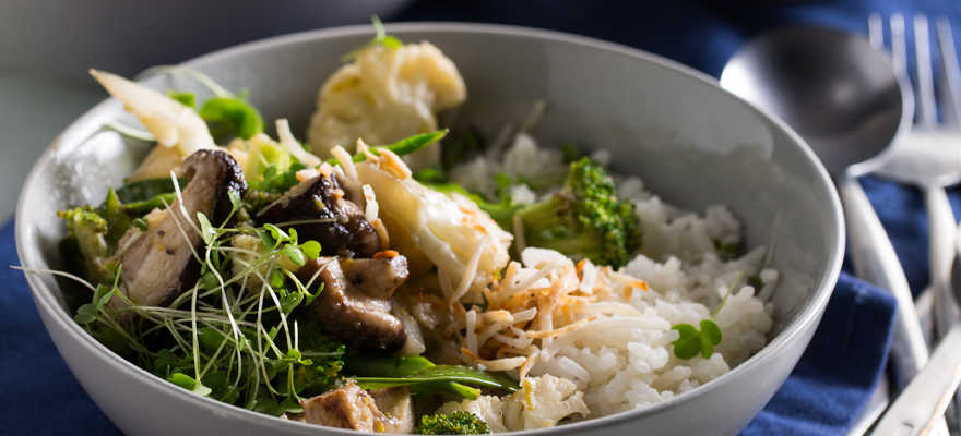 Stir-fry with coconut milk rice image 1
