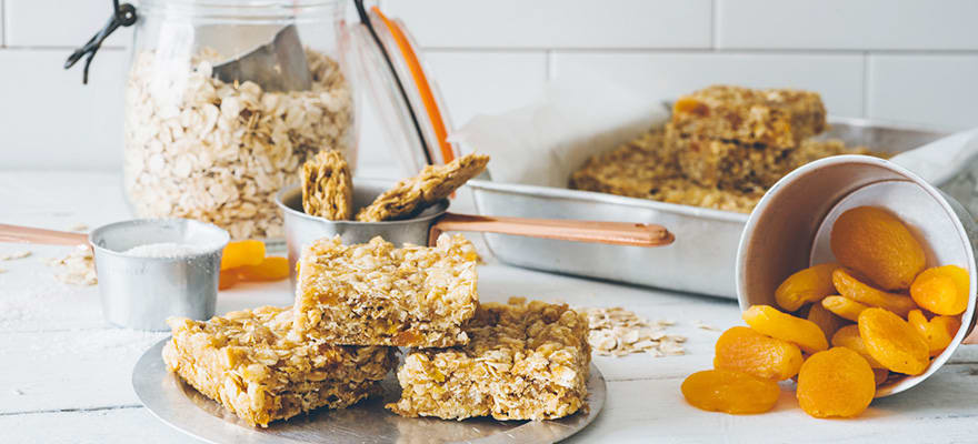 Weet-Bix™ and apricot bar image 1