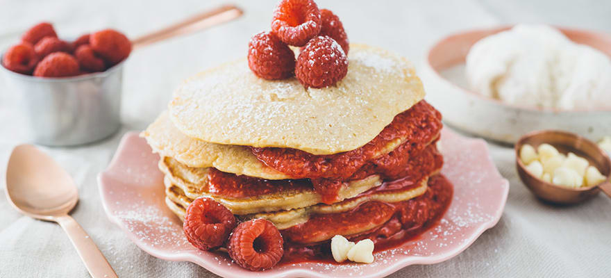 White chocolate pancakes with raspberry coulis image 1